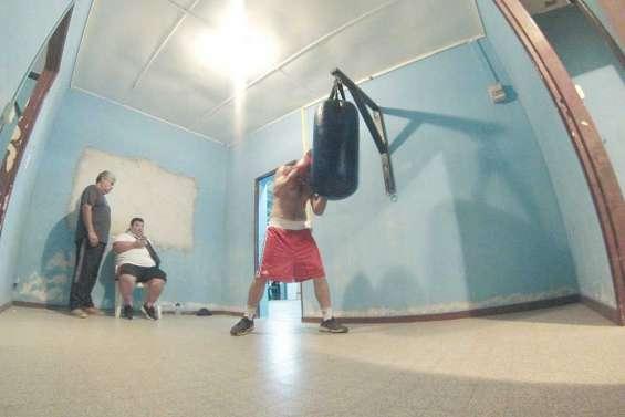Boxe : Nicolas Dion en pleine préparation