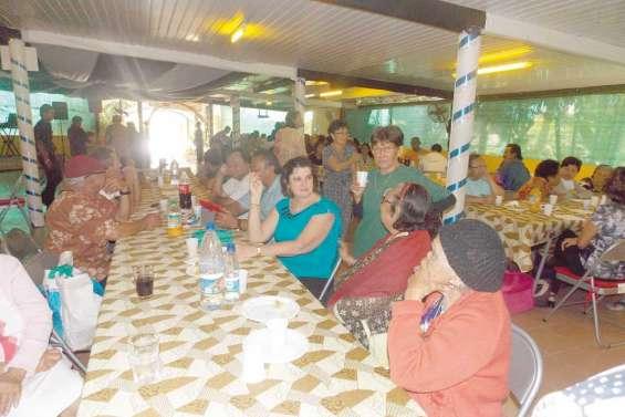 La communauté indonésienne à table