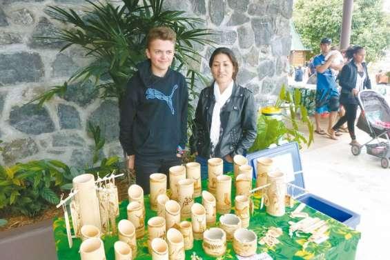 Le retour des bambous pyrogravés de Sylviane