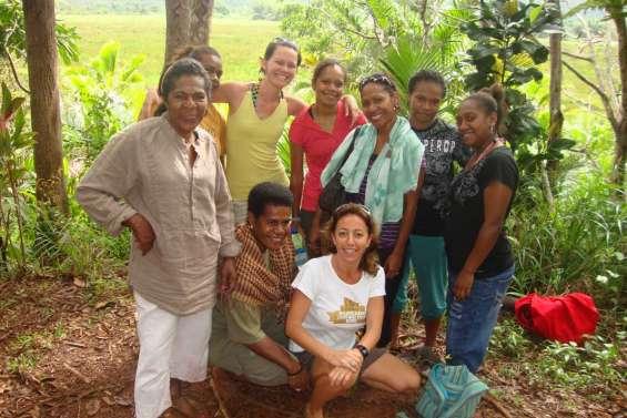 A Fidji, de fil en aiguille