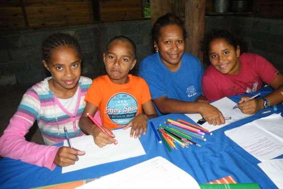Komagna offre son aide aux devoirs
