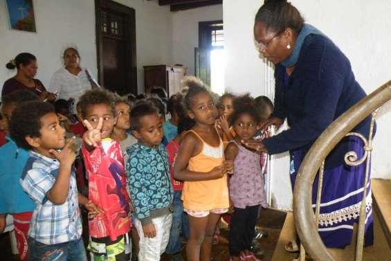 Timide visite du presbytère