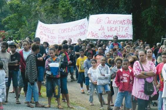 Marche contre la violence scolaire