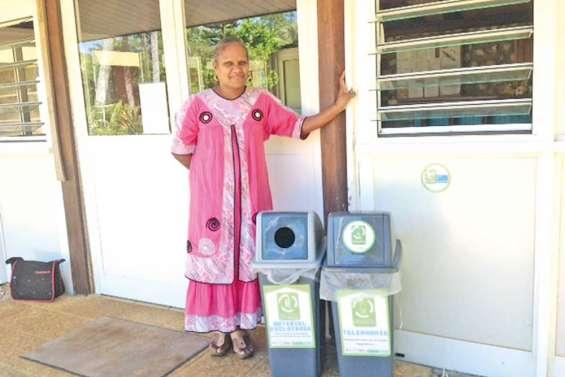 Des bacs de recyclage à la mairie