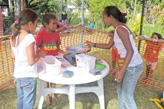 Les écoliers organisent leur kermesse