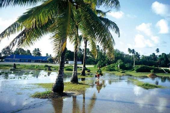 Les Tuvalu vont à l'eau