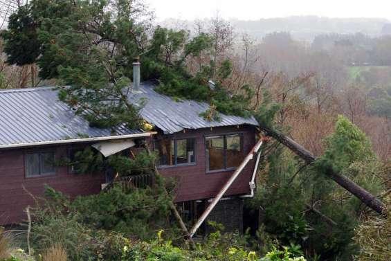 Une tornade fait douze blessés