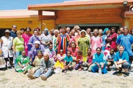 Les femmes de la région au chantier de Déva