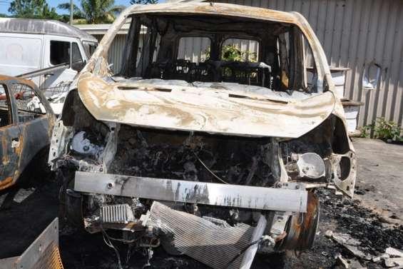Saccages à Maré : dix hommes arrêtés