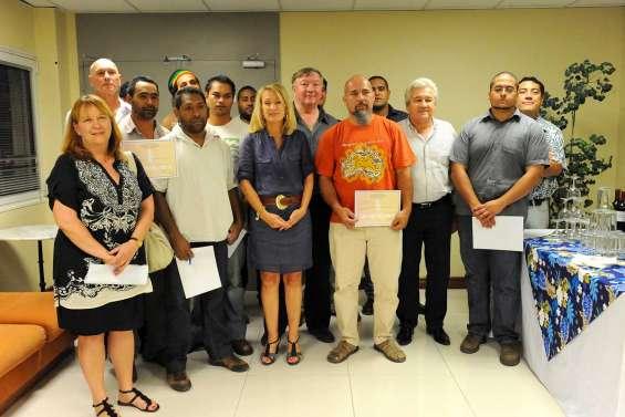 Dix nouveaux ouvriers diplômés