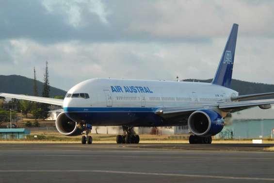 Air Austral réduit un temps la voilure