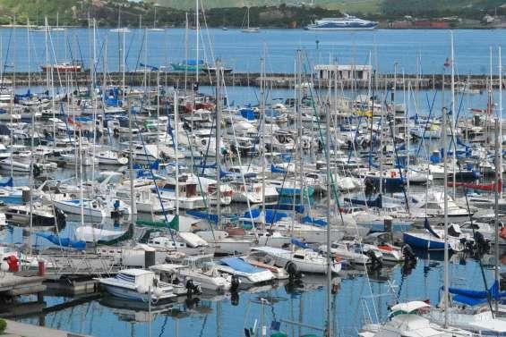 Les ports rappellent les consignes