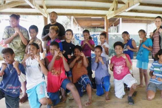 Les Kunié découvrent  le taekwondo