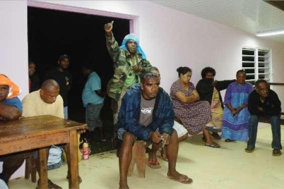 Les Kunié vigilants