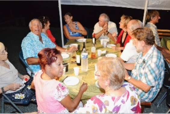 Port-Ouenghi fête les grands-mères