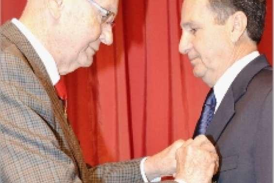 La Légion d'honneur à Alain Lazare