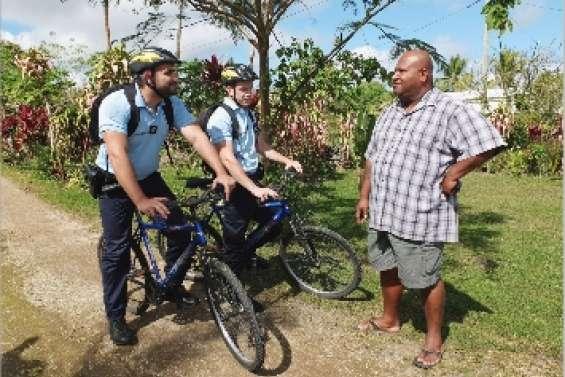 Les gendarmes changent de braquet
