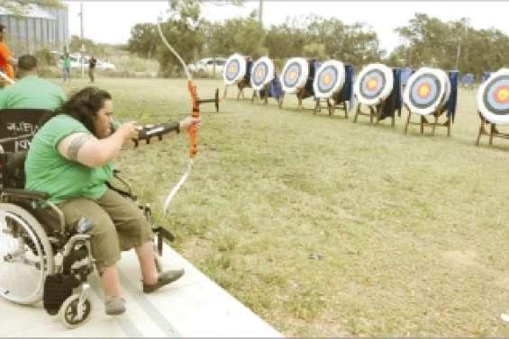 Les archers mettent dans le mille