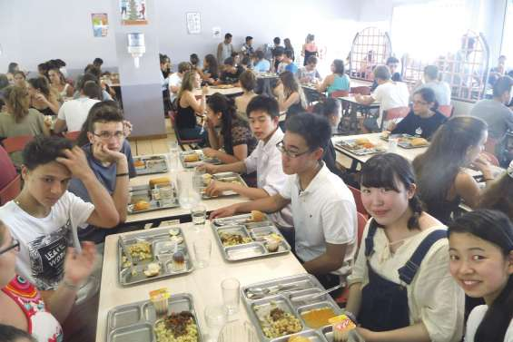 Les lycées du Grand Nouméa séduisent le Japon