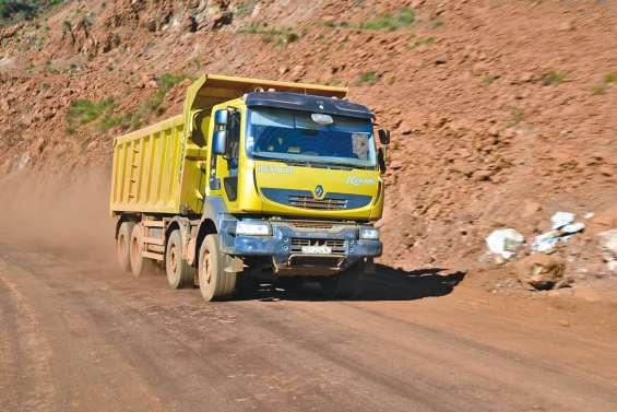 Trois autorisations d'export de minerai accordées