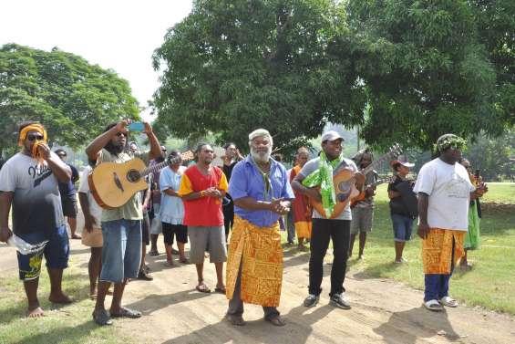 Une tournée d'évangélisation à la tribu de Païta