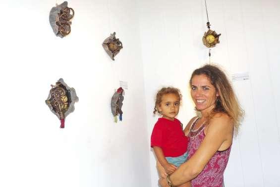 L'artiste Marie-Jeanne  Chatelain expose à Nouméa