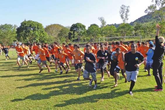 Les élèves du collège public champions du jour au stade