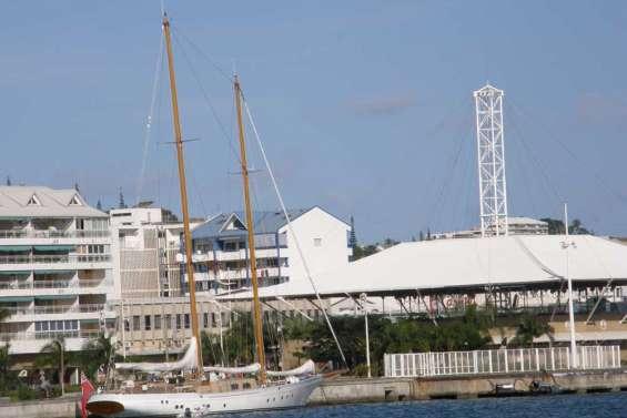 Marinas trop mini pour yachts de plus en plus maxi