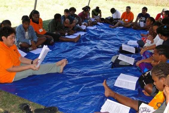 Les jeunes planchent sur la non-violence