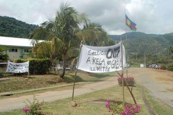 Le conflit perdure au lycée Antoine-Kela
