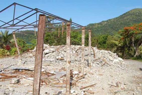 La vieille mairie entièrement détruite