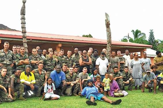 Le régiment de marche du Tchad en immersion à Titch