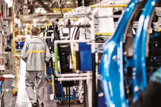 Le marché automobile encore dans le rouge en mai