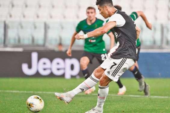 Ronaldo sauve la Juve face à l'Atalanta