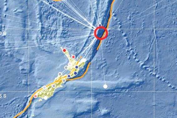 Un séisme dans le Pacifique met les autorités en alerte