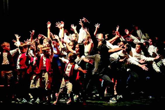 Un show de hip-hop explosif au complexe culturel