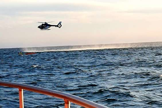 Une kayakiste secourue par les Sauveteurs en mer et la sécurité civile