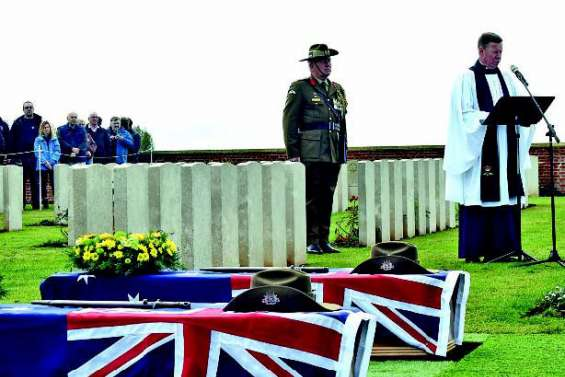 Une sépulture décente pour deux soldats australiens
