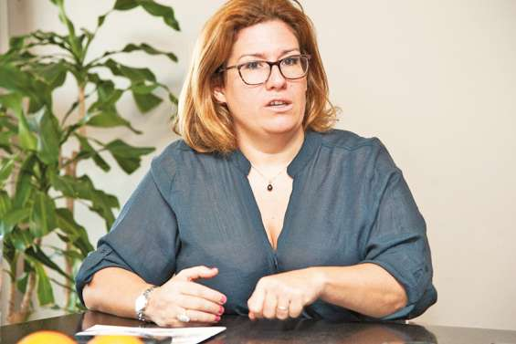 Requins : Sonia Backès répond au Sénat coutumier.