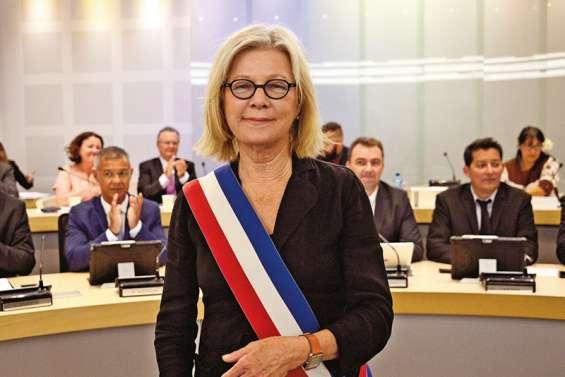 Le nouveau conseil municipal plébiscite Sonia Lagarde