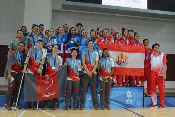 Jeux du Pacifique : le badminton prend l'argent en équipe
