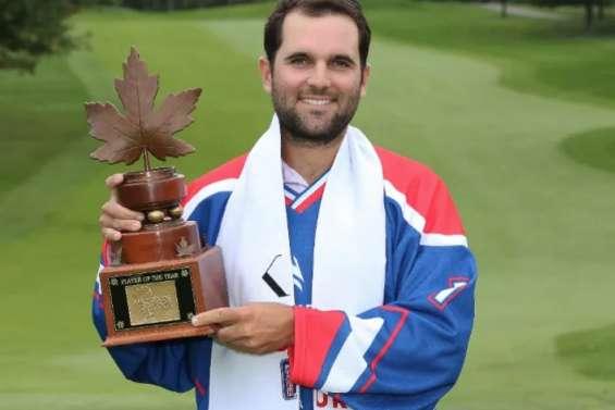 Paul Barjon termine joueur de l'année au Canada