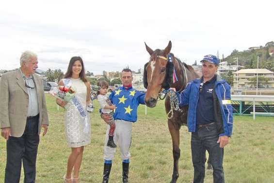 Flying Lago remporte  le Grand Prix de la province Sud