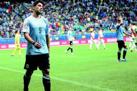Suarez s'écroule et le Pérou crée la surprise