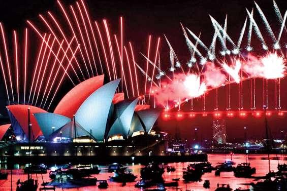 Ce soir, Sydney met le feu malgré des protestations