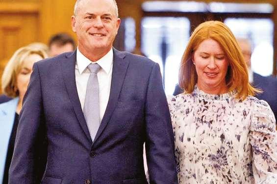 L'opposition change de leader face à une Ardern populaire
