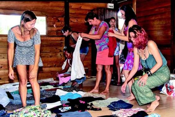 Le troc de vêtements a fait sensation à Ouémo