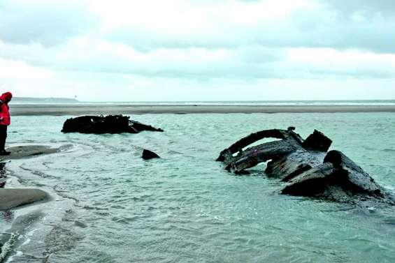 A Wissant, un sous-marin allemand de la Grande Guerre ressurgit du sable