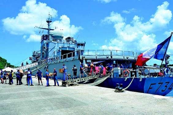 Le Vendémiaire à Port-Vila pour le centenaire de l'Armistice