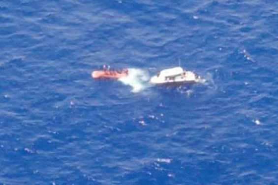 Un bateau chavire au large de Wallis, les cinq naufragés sains et saufs